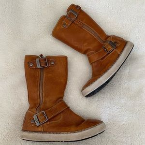 UGG Shoes - UGG Andra Leather Sneaker Boots Size 5 Brown